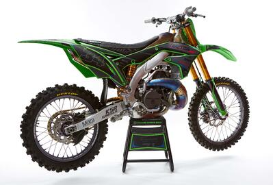Work of Art: Ransom Kawasaki KX500 Aluminum Frame Bike Build